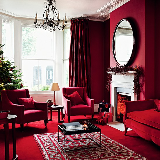 Rich reds contemporary christmas living room ideas for Bedroom ideas red carpet