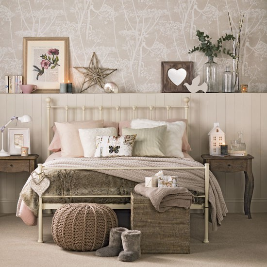 Rustic and cosy bedroom | Instant design ideas for warm and cosy bedrooms | Room Idea | PHOTO GALLERY | Ideal Home | Housetohome.co.uk