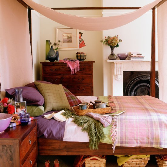 Bedroom With A Four Poster Canopy Bed Cosy Bedroom