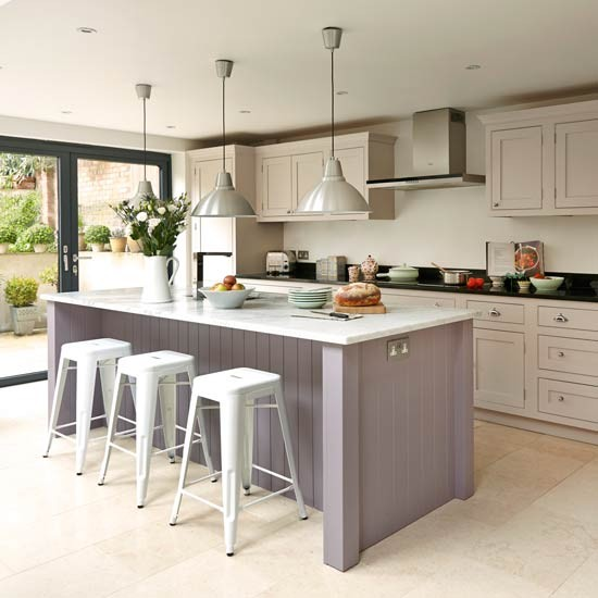 Take a look at this bespoke budget kitchen housetohome  : Bespoke shaker style kitchen with panelled island unit 2 from www.housetohome.co.uk size 550 x 550 jpeg 55kB
