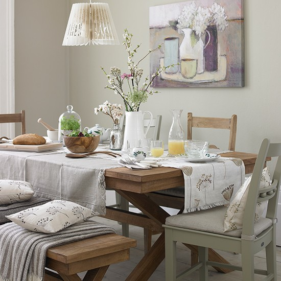 Cosy neutral dining room | Dining room ideas | PHOTO GALLERY | Country Homes and Interiors | Housetohome.co.uk