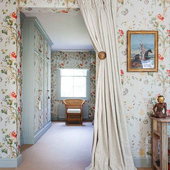 Dressing Room Divider Discover The Interior Design