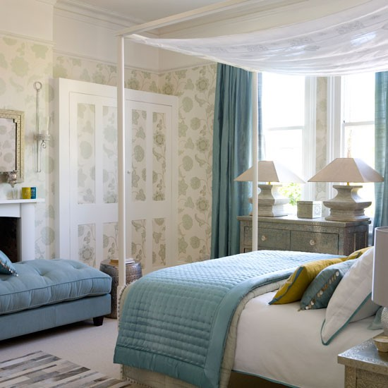 A Luxurious Yet Relaxed Bedroom