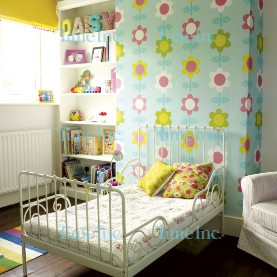 Use Childen S Room Wallpaper To Add Oodles Of Character: Children's Room With Vibrant Floral Wallpaper