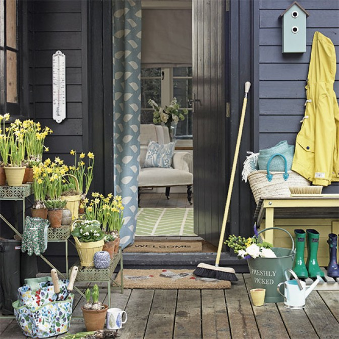 Country garden with wood cladding
