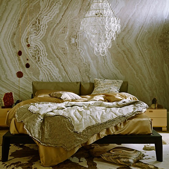 Bedroom With Gold Marble Effect Wallpaper How To Decorate With Marble Accen