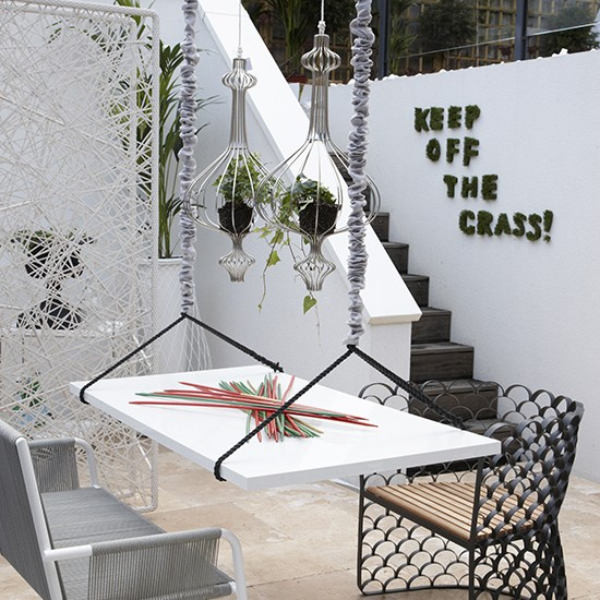 Low level patio with hanging table simple ways to for Space saving hanging table for balcony