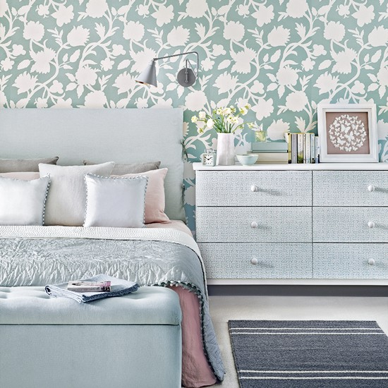 Duck egg blue bedroom ideas wallpaper paint and bedding for Blue wallpaper designs for bedroom