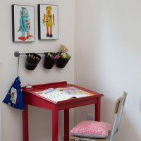 Child's vintage-style study desk