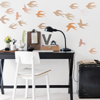 Create a bird-inspired feature wall in 2 simple steps