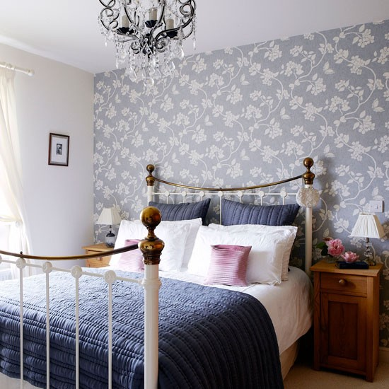 Main bedroom | Victorian Yorkshire cottage | House tour | PHOTO GALLERY | country homes & interiors | Housetohome.co.uk
