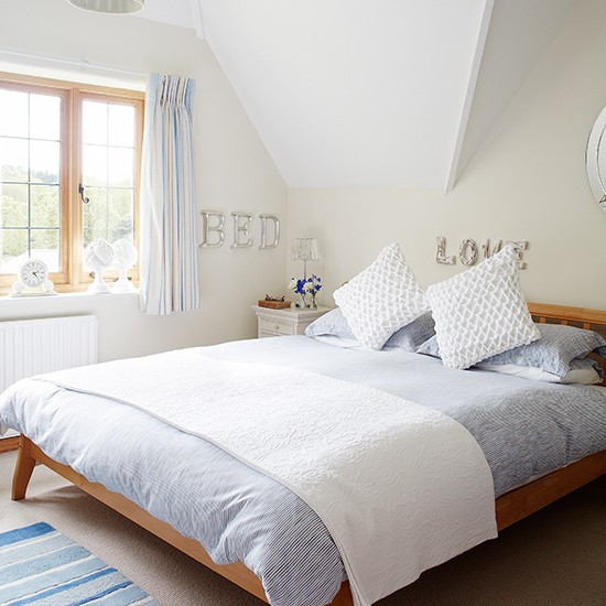 Master Bedroom Wander Through This Beautiful Thatched