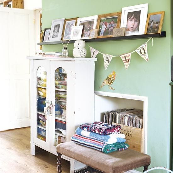 Green Living Room Corner With Storage Nook Decorating