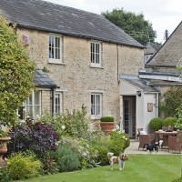 Step inside this Oxfordshire cottage with stunning grounds