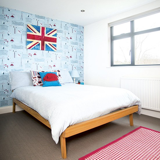 Boys Bedroom With Feature Wallpaper
