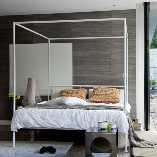 Grey bedroom with modern white four poster bed 20 for 4 poster bedroom ideas
