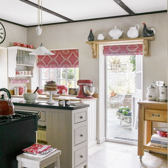 Modern Kitchen Red: Modern Country Kitchen With Accents Of Brazen Red