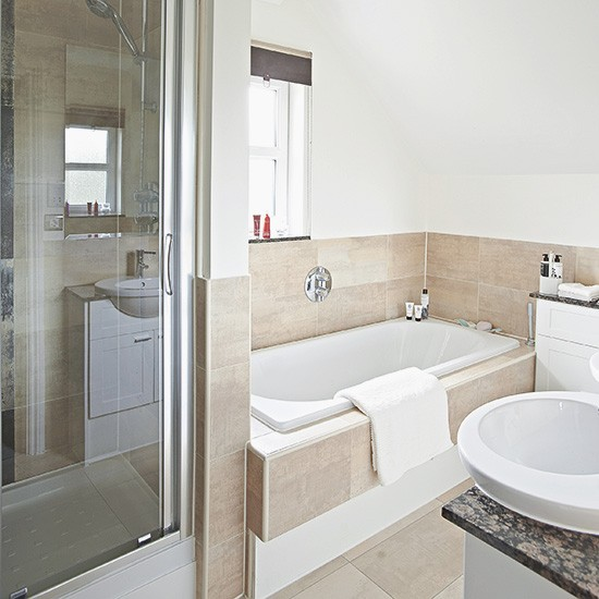 White Bathroom With Neutral Tile Bath Panel And