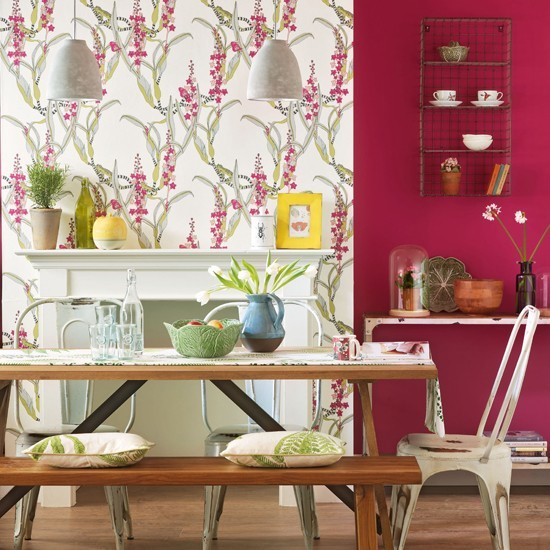 red decorating scheme small dining room ideas