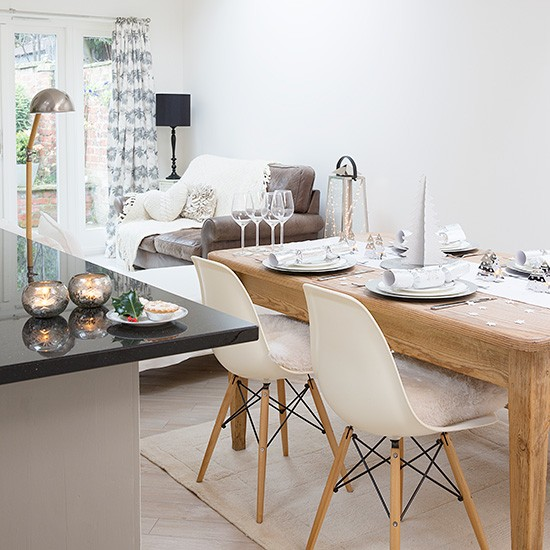 Open plan kitchen dining area with wood table  : Hall Christmas kitchen diner from www.housetohome.co.uk size 550 x 550 jpeg 80kB