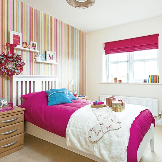 Children 39 S Bedroom With Striped Wallpaper