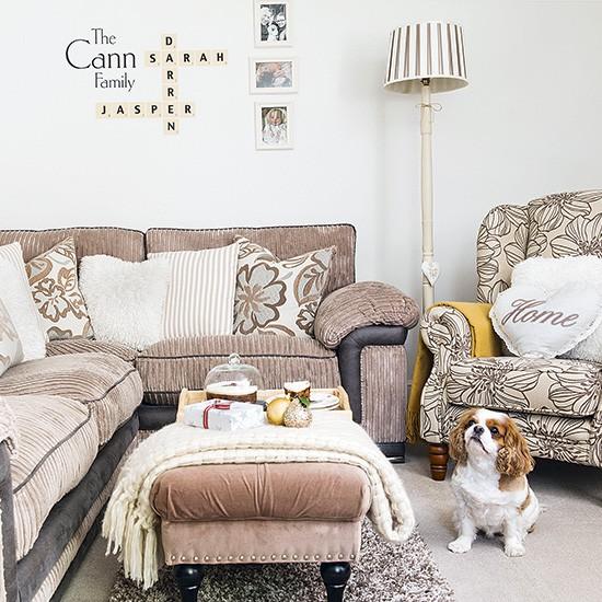 Green Corner Sofa Dfs: Small Living Room With Cosy Corner Sofa