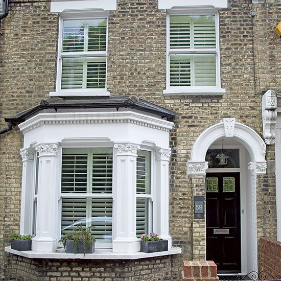 Take a look at this modernised victorian terraced house in Victorian house front