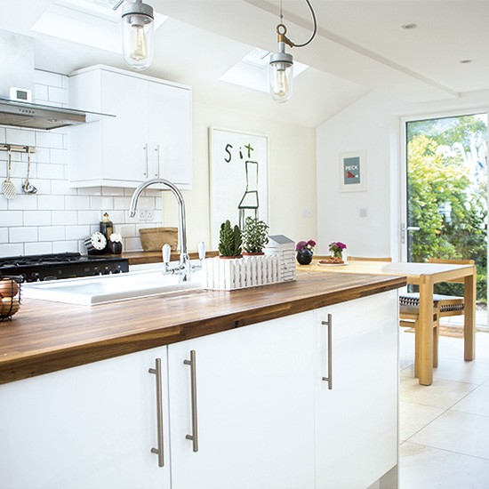 Kitchen diner take a look at this modernised victorian for Terrace kitchen diner