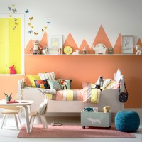 Child's room with mountain-effect wall decoration