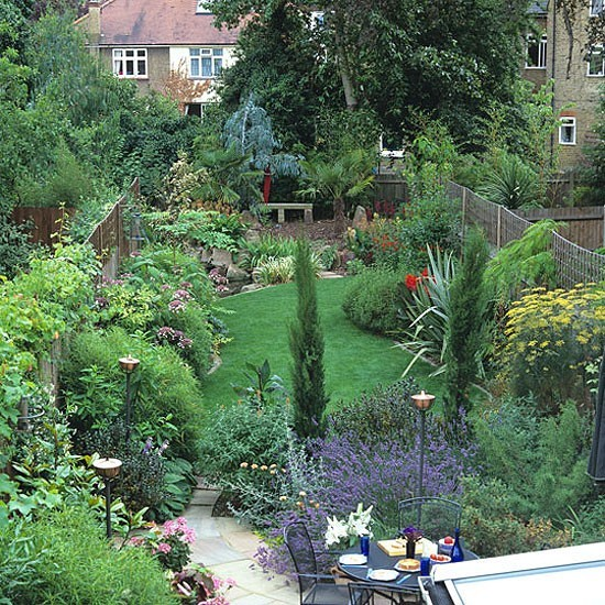 Thin garden design for Small narrow garden designs