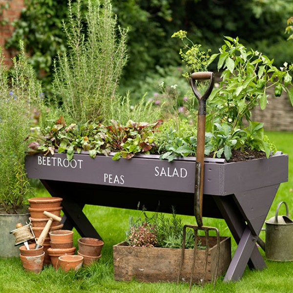 Self Sufficient Backyard Ideas : Change your life with these selfsufficient garden ideas and tips