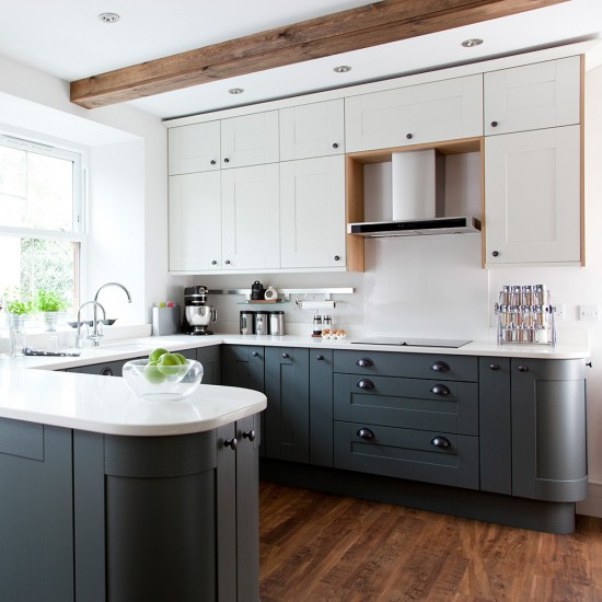 Kitchen Flooring Modern: Modern Shaker Kitchen With Grey Cabinetry And Vinyl