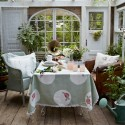 Better than decorating: a summer tablecloth can transform a room in an instant