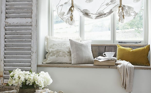 Shabby chic schemes for every room