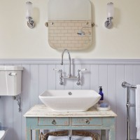 Country bathroom with lavender panelling