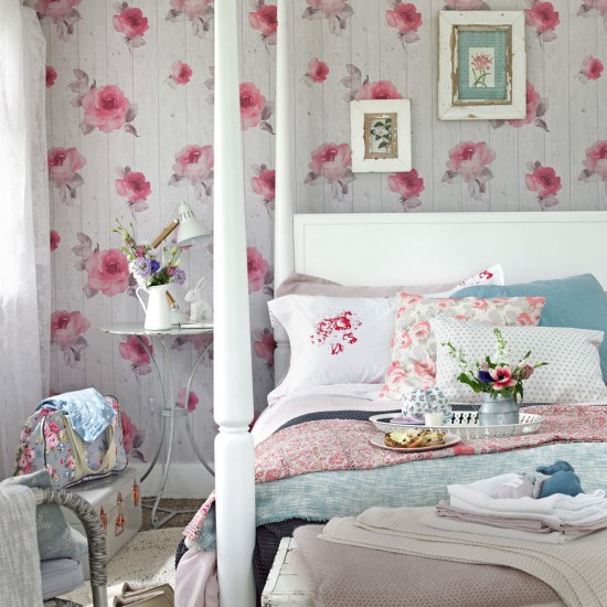 Gorgeous shabby chic bedrooms for an extra special retreat