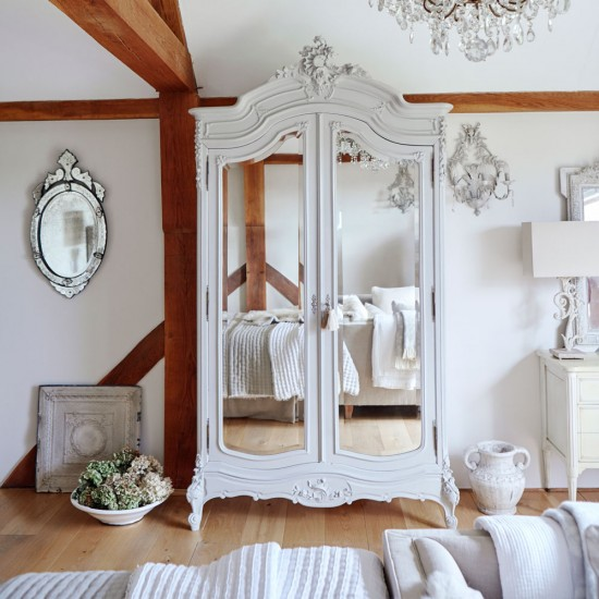 Lighten Up With French-style Storage