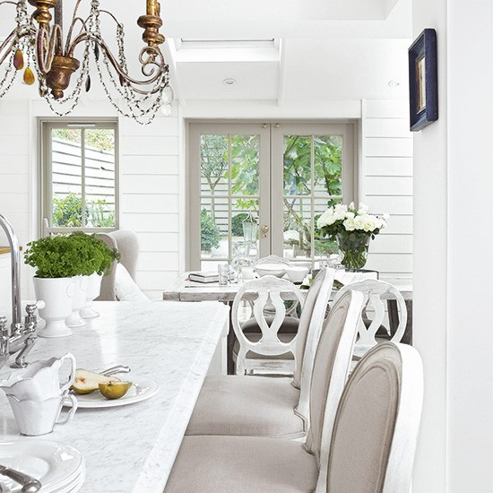Shabby Chic Kitchen With Glamorous Marble Breakfast Bar