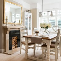 Neutral dining room with country-style furniture