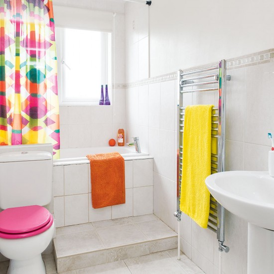 Top 28 yellow and pink bathroom pink yellow green for Pink and orange bathroom ideas