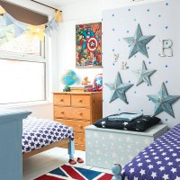 Children's bedroom with blue star scheme