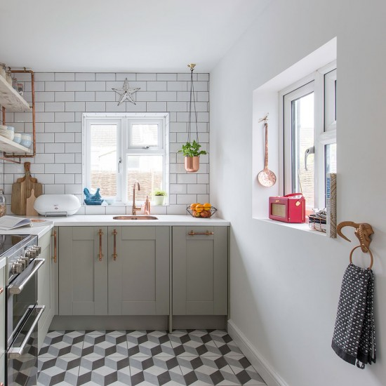 Industrial Kitchen Parts: Industrial Kitchen With Geometric Flooring And Copper