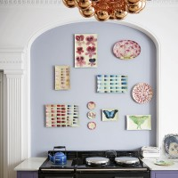 Artistic kitchen splashback display