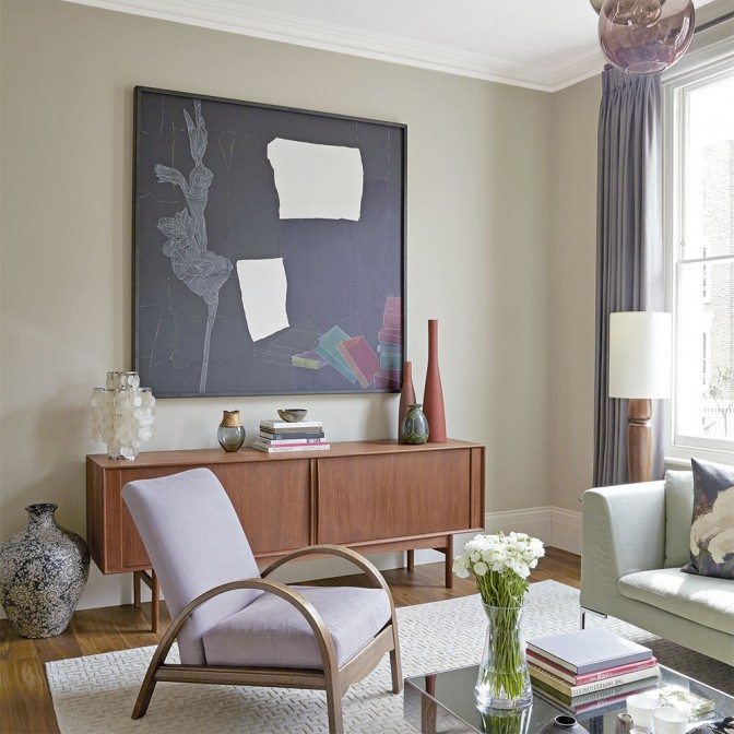 Fifties-style living room with statement artwork