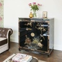 Traditional living room with Oriental chest of drawers