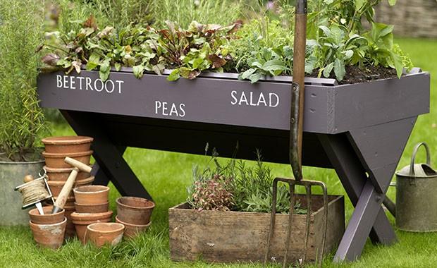 DIY Vintage garden projects