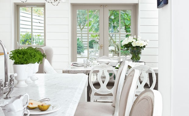Shabby chic kitchens with character