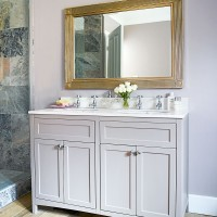 Traditional bathroom with twin-basin washstand