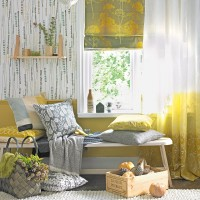 Country-style yellow and grey living room
