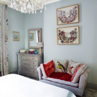 Elegant traditional bedroom with bird theme